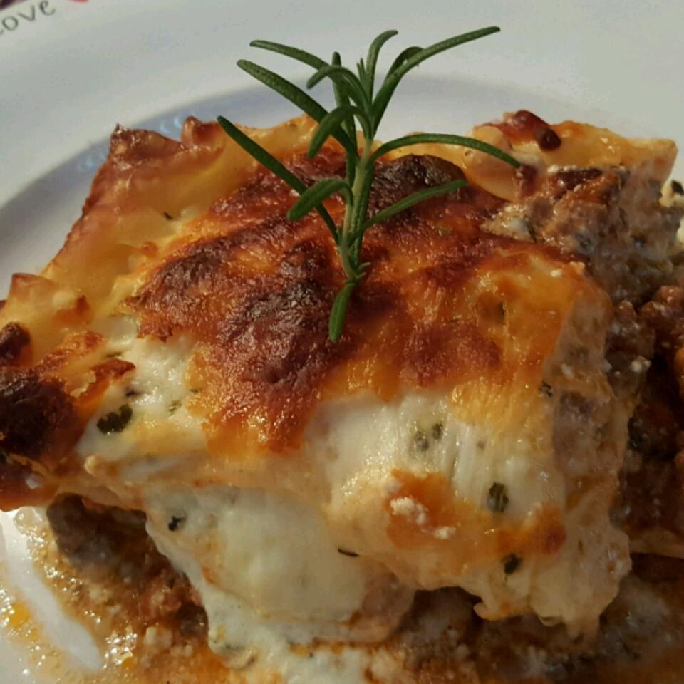Louise's Lasagna Ivis Orozco
