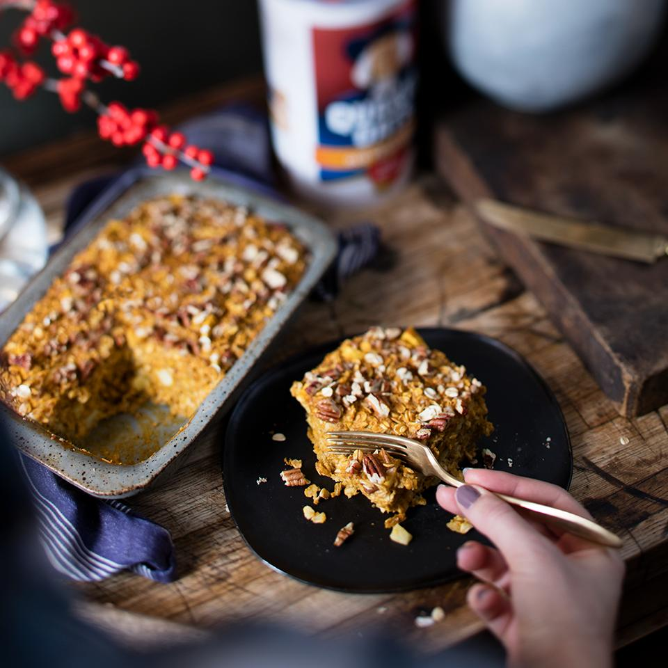 Pumpkin Apple Pecan Baked Oatmeal