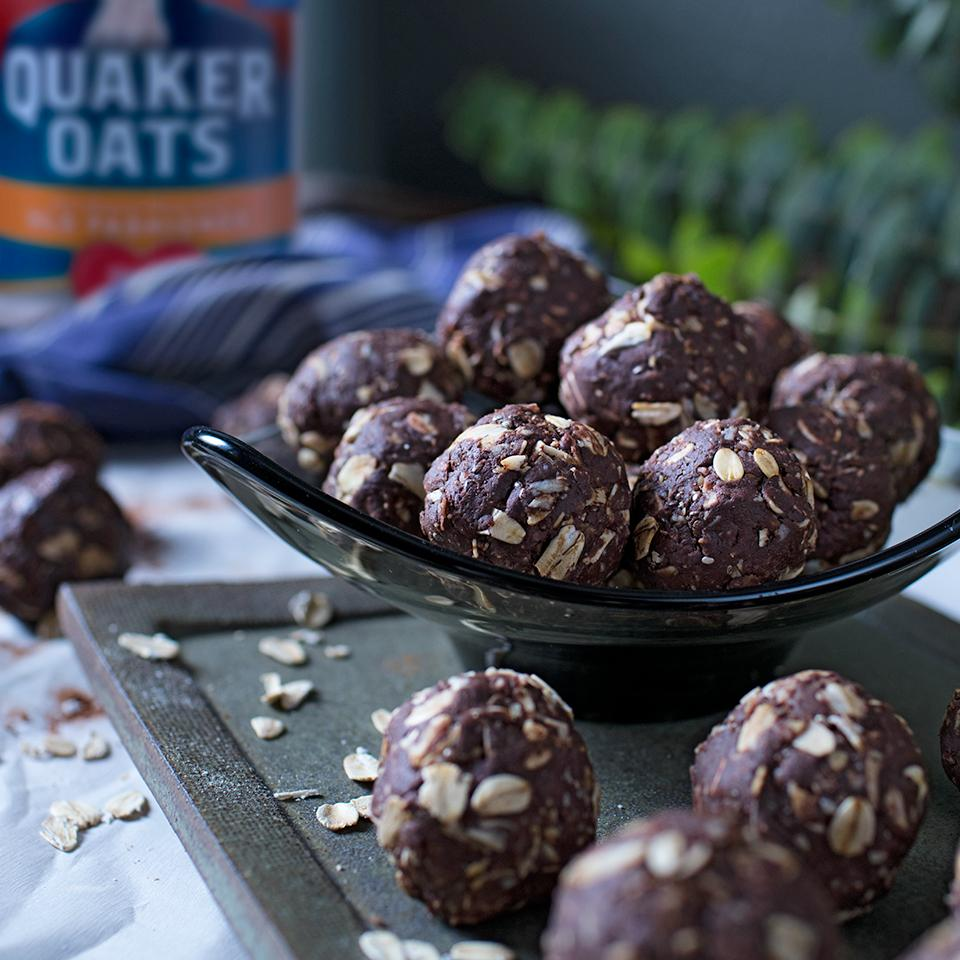 Cocoa-Nut Almond Butter Energy Bites