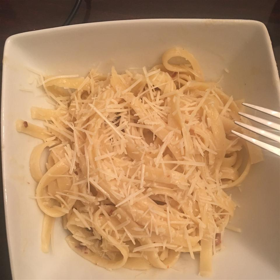 Fettuccine and Sweet Italian Sausage with Light Alfredo Sauce BritneyNgwese