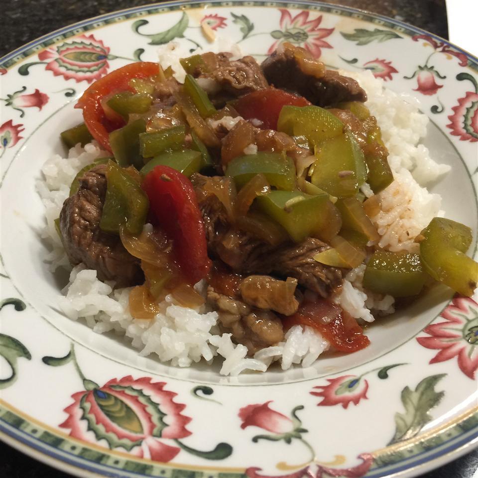 Slow-Cooker Pepper Steak Jeanne