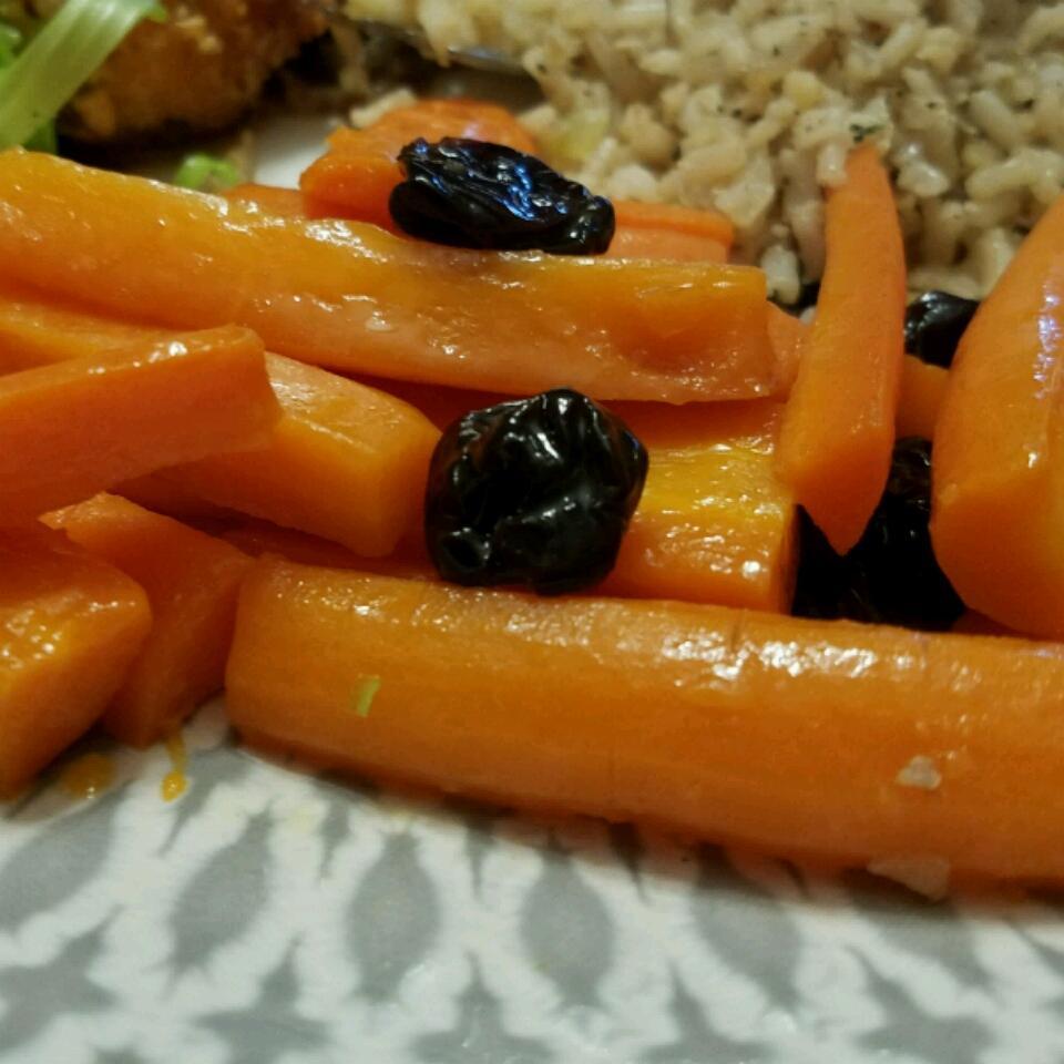 Carrots with Dried Cherries Elvira Silva