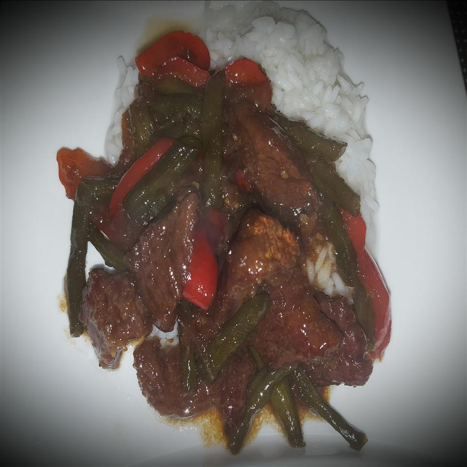 Szechuan Beef with Green Beans and Red Bell Peppers