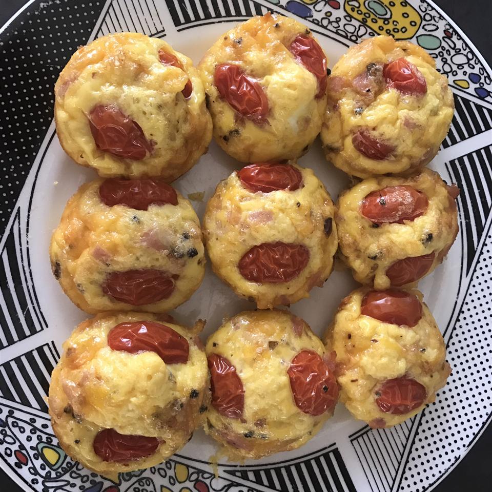 Mini Ham and Swiss Frittatas Muffy