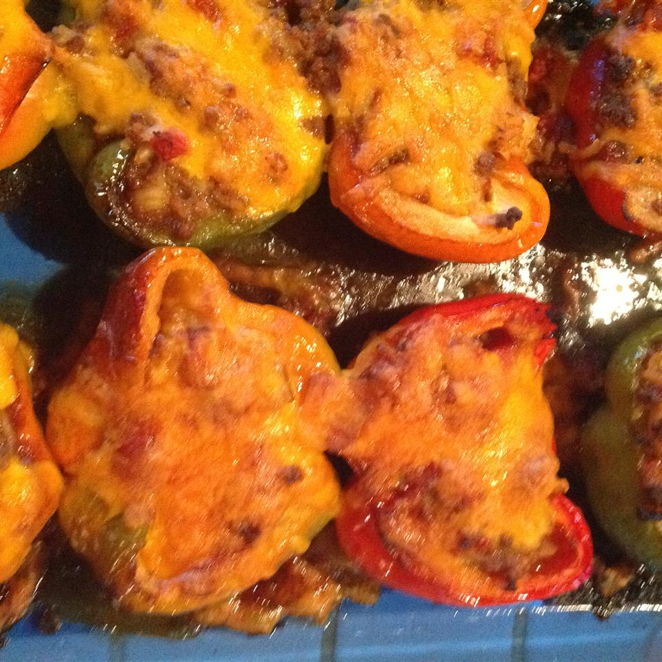 Yummy Stuffed Peppers elle