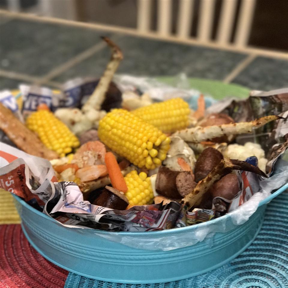 King Crab and Shrimp Boil lizrd