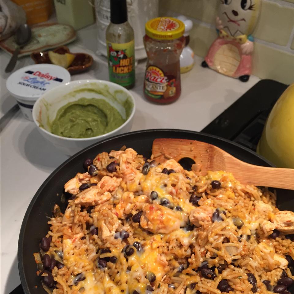 One-Skillet Chicken Burrito Bowls Galgarrick