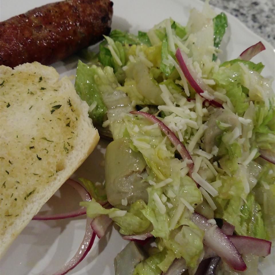 Restaurant-Style House Salad Bren