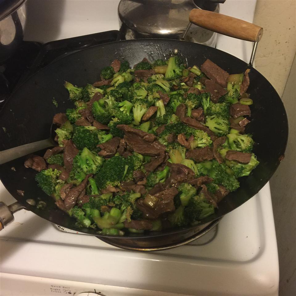 Restaurant Style Beef and Broccoli Cathy Knowles