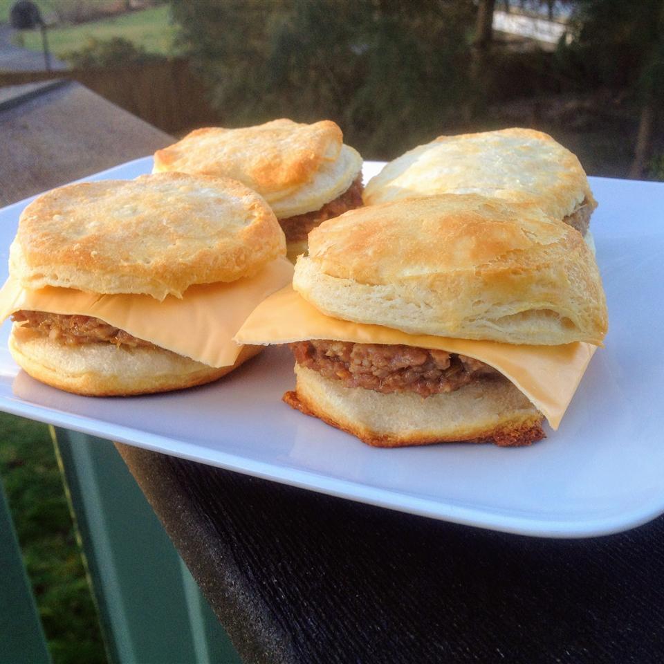 Breakfast Pattie Sliders with Cheese