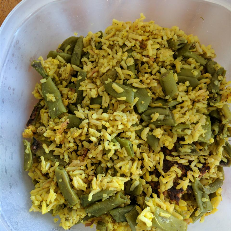 Lubia Polo (Green Bean Rice) Lady at the Stove
