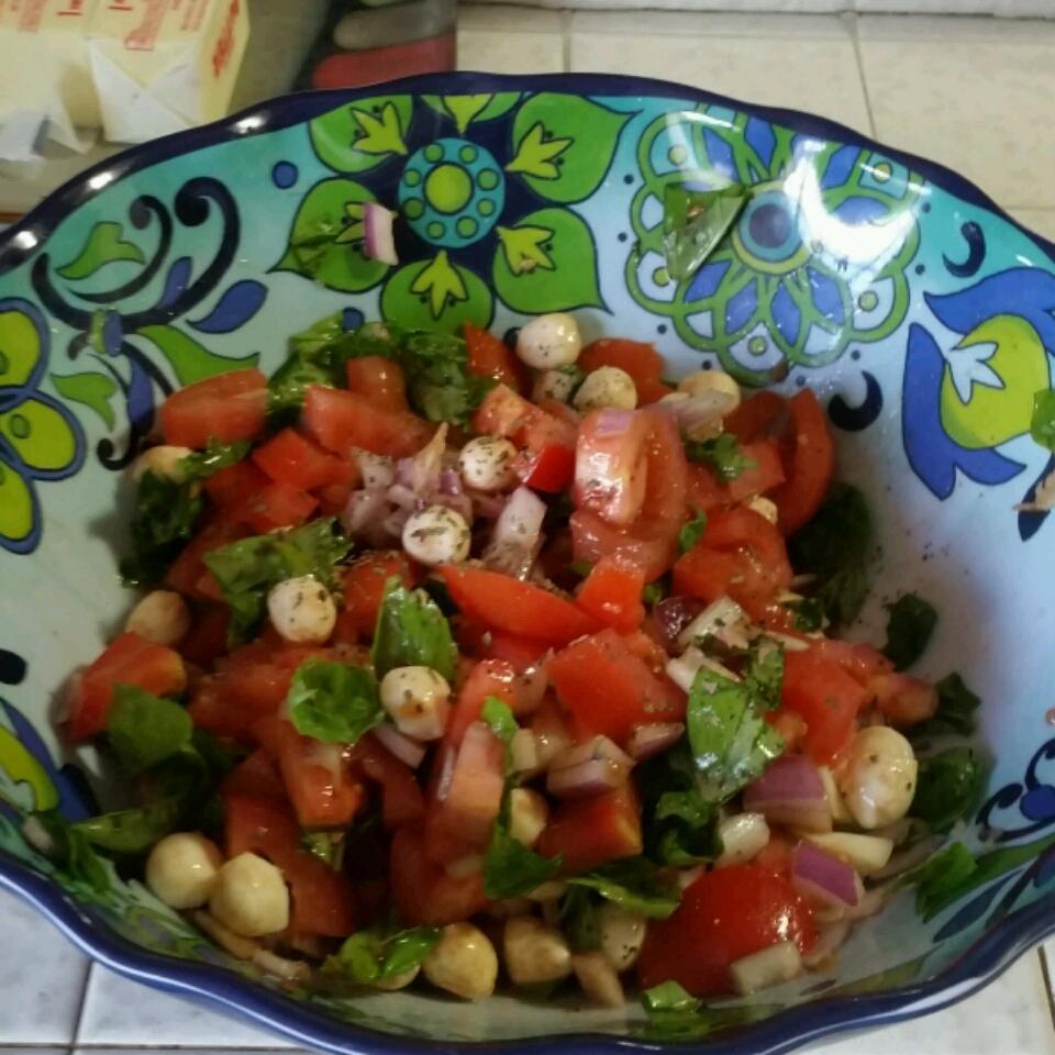 Bruschetta Salad