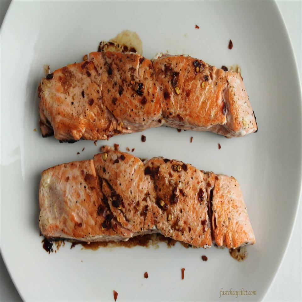 Quick Balsamic-Glazed Salmon