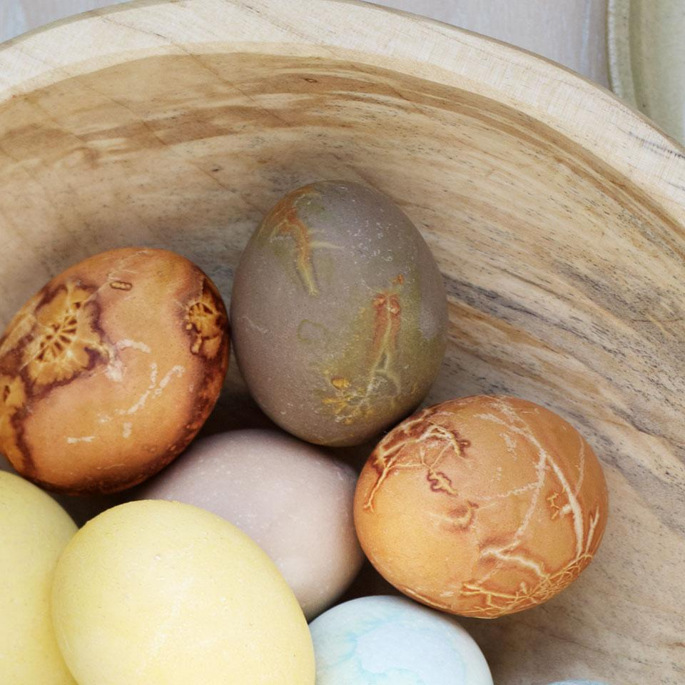 Khaki Green Natural Egg Dye & Egg Coloring Recipe