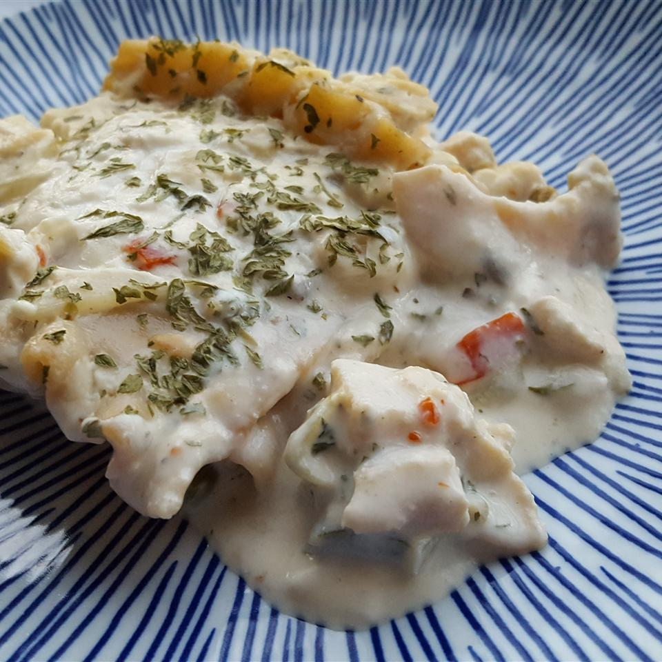 Elegant Chicken Lasagna With White Sauce