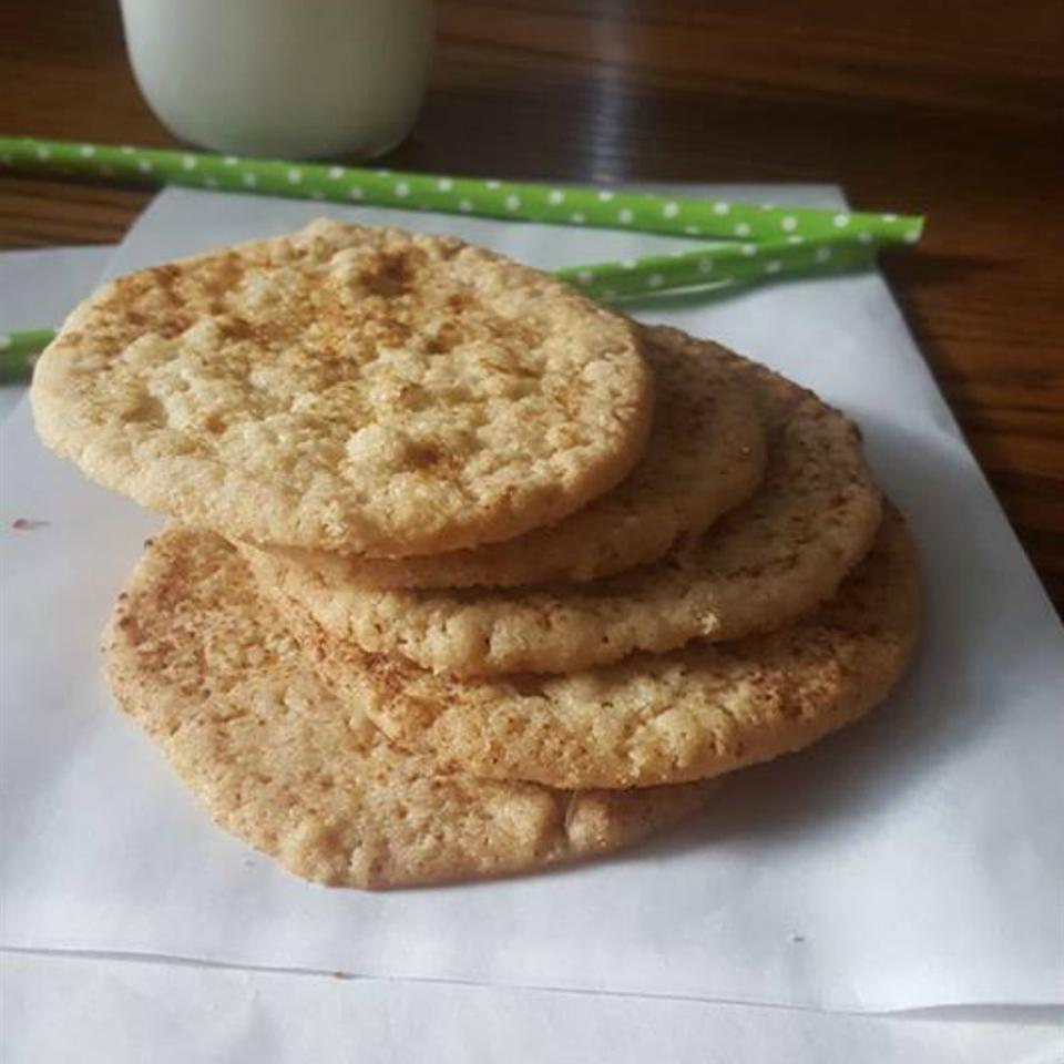 Aunt Gail's Oatmeal Lace Cookies Laura Owen