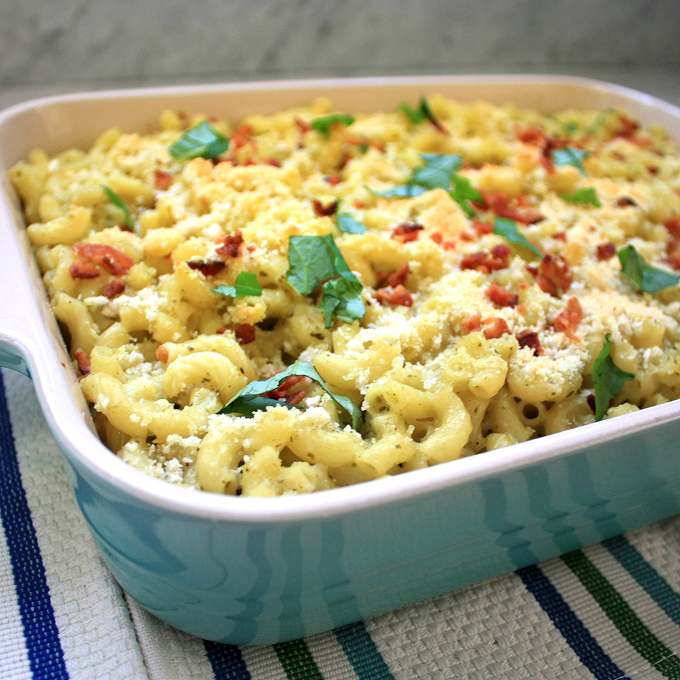 Bacon White Cheddar Pesto Mac and Cheese