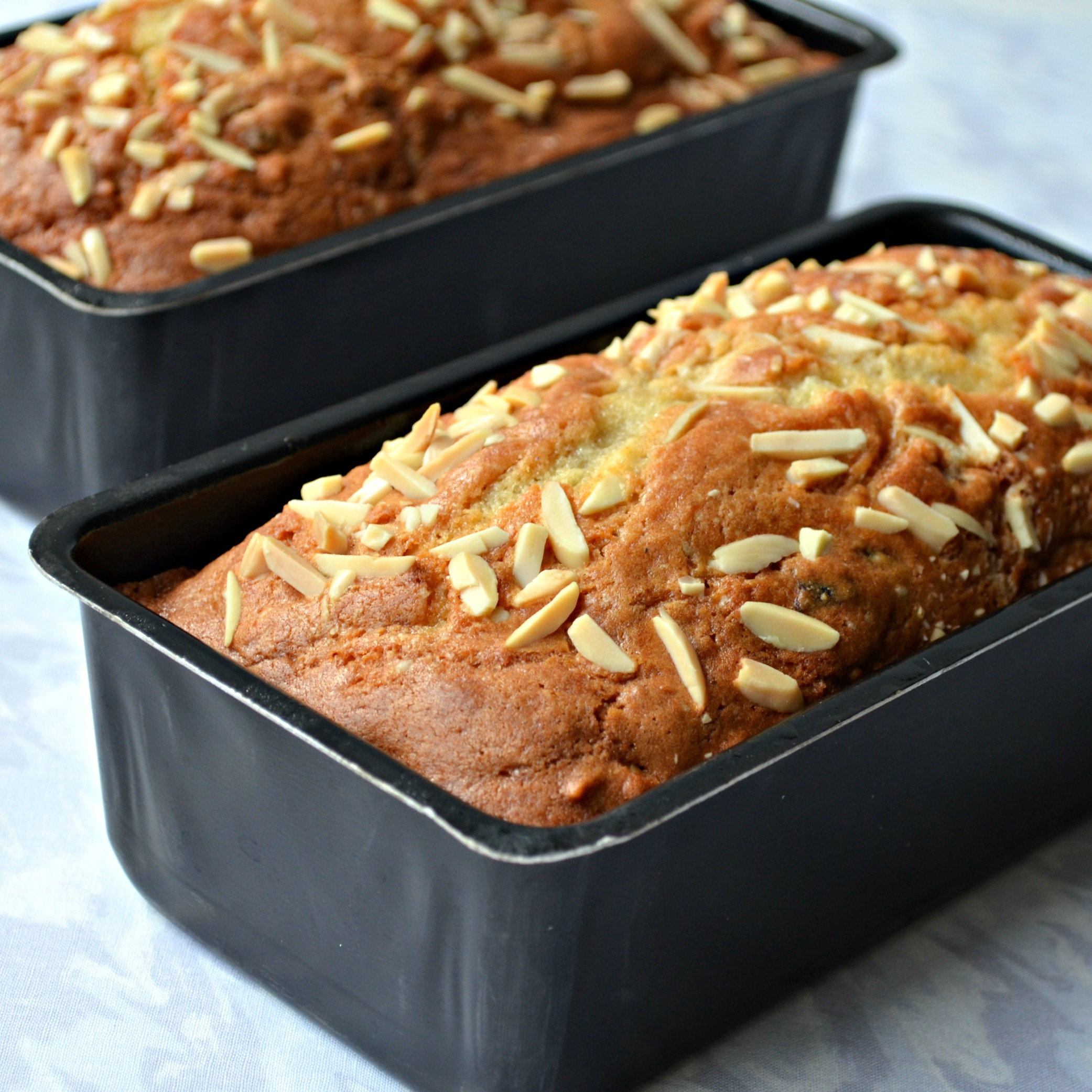 Date, Almond, and Yogurt Bread