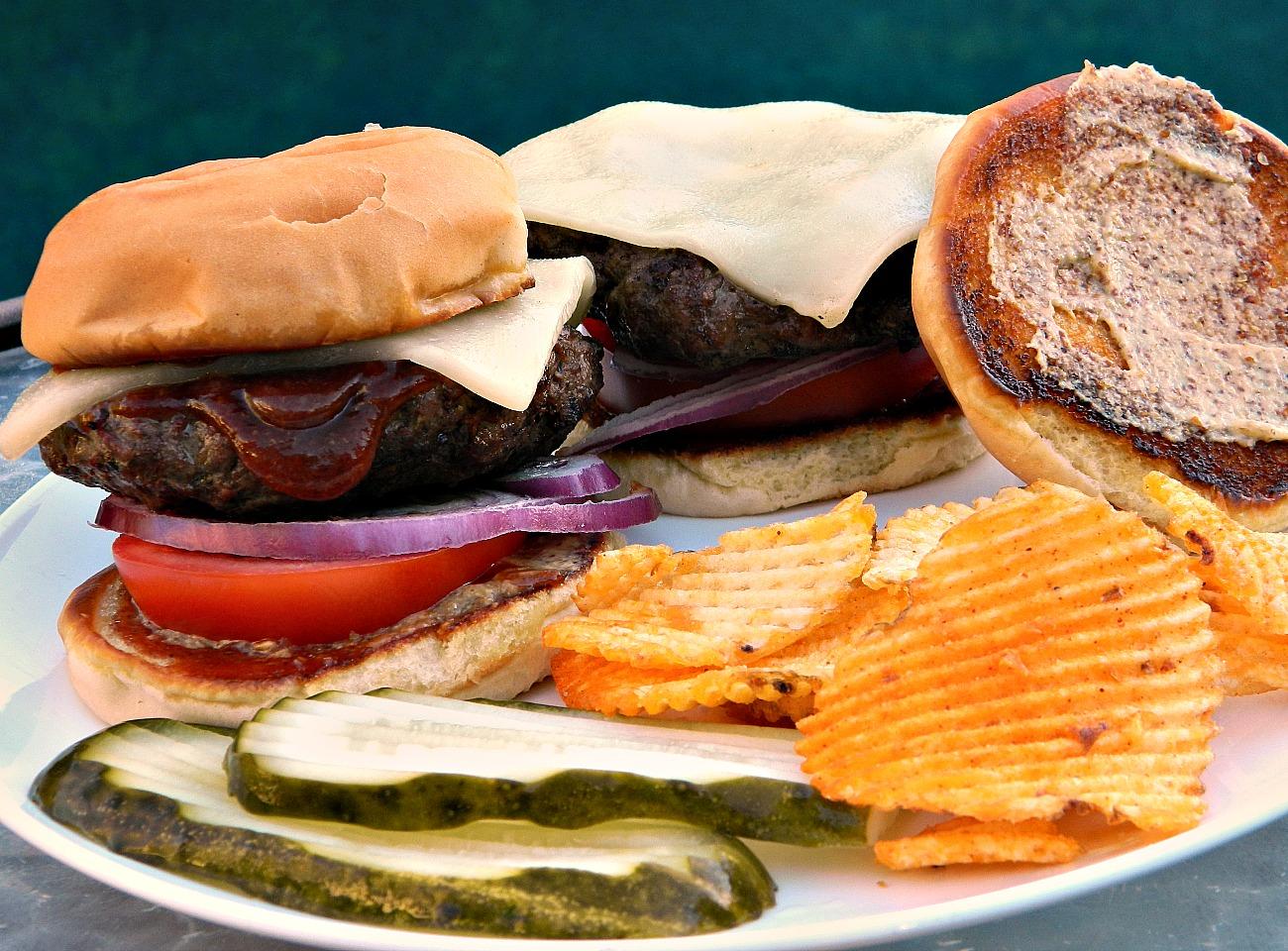 Smoky Bison Burger Marianne