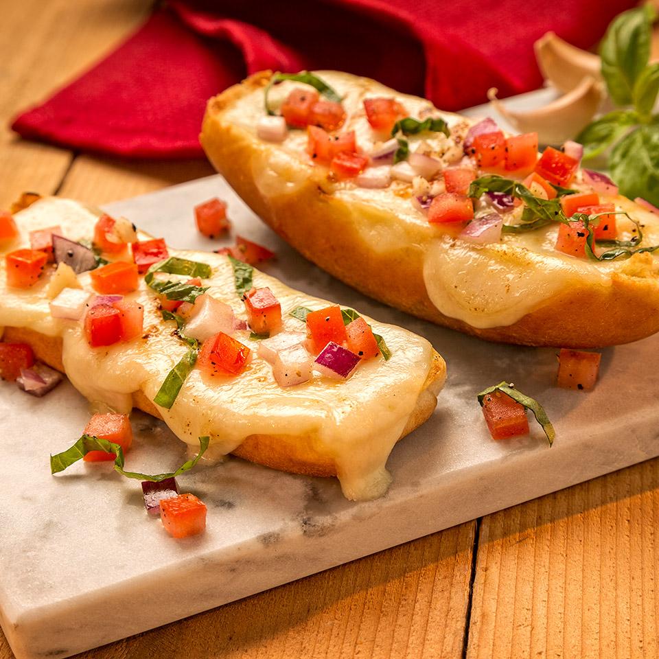 Easy Cheesy Garlic Bread from Ball Park® Buns