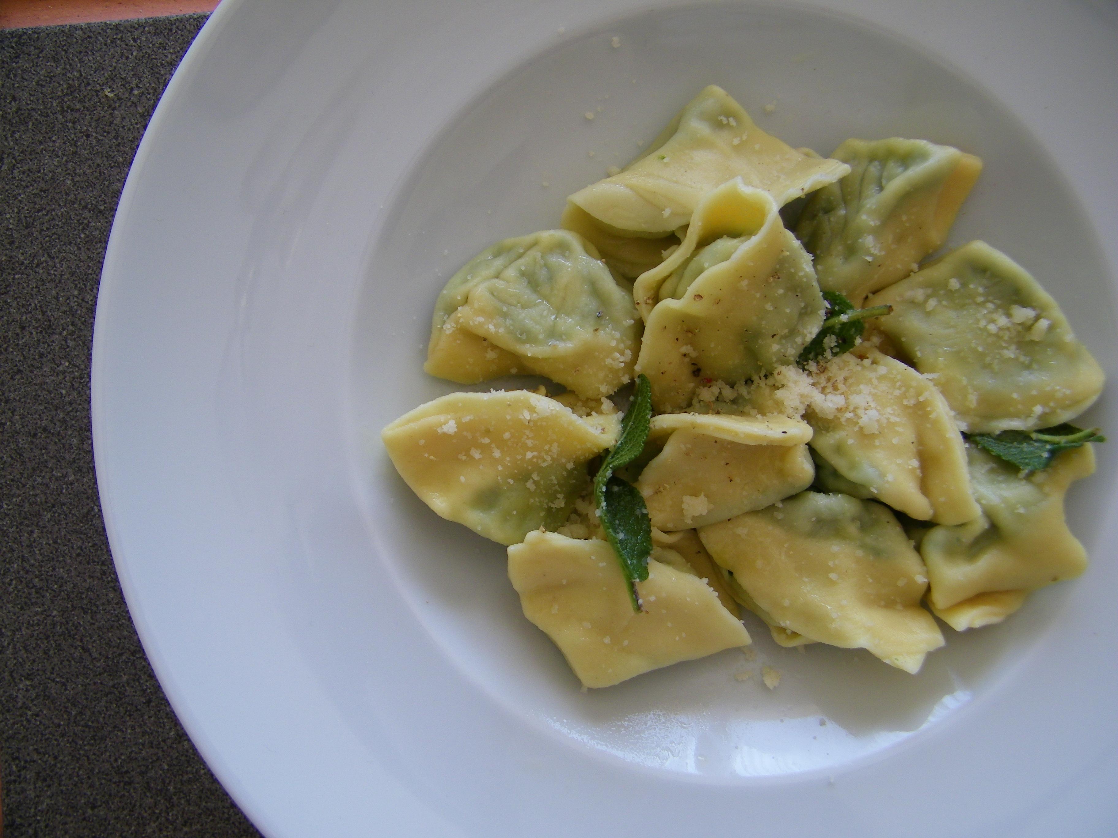 Spinach and Ricotta Tortellini