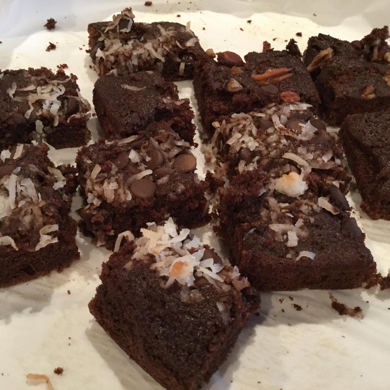 Chocolate Applesauce Cake III