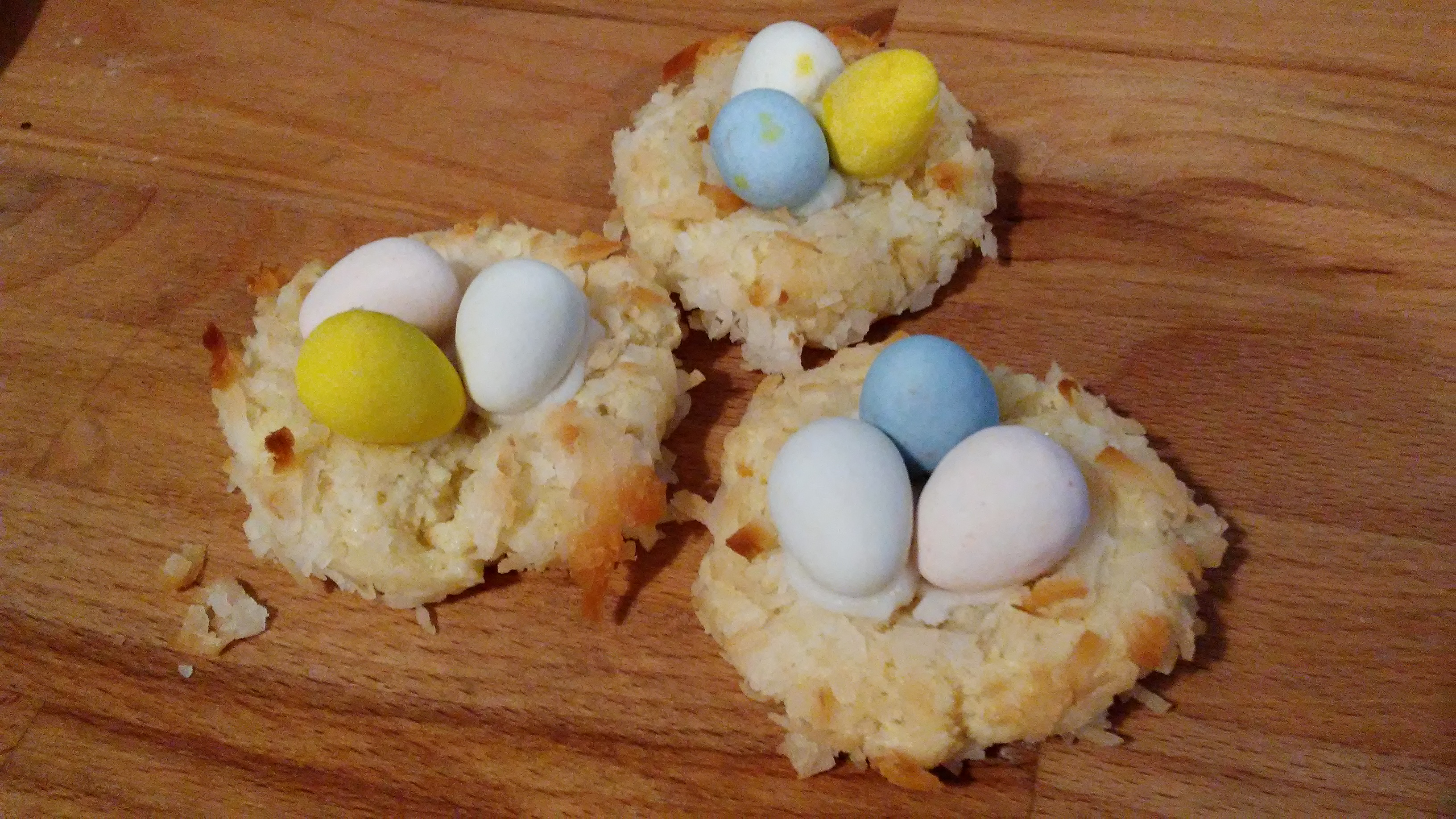 Almond Macaroon Nests SoBayK80