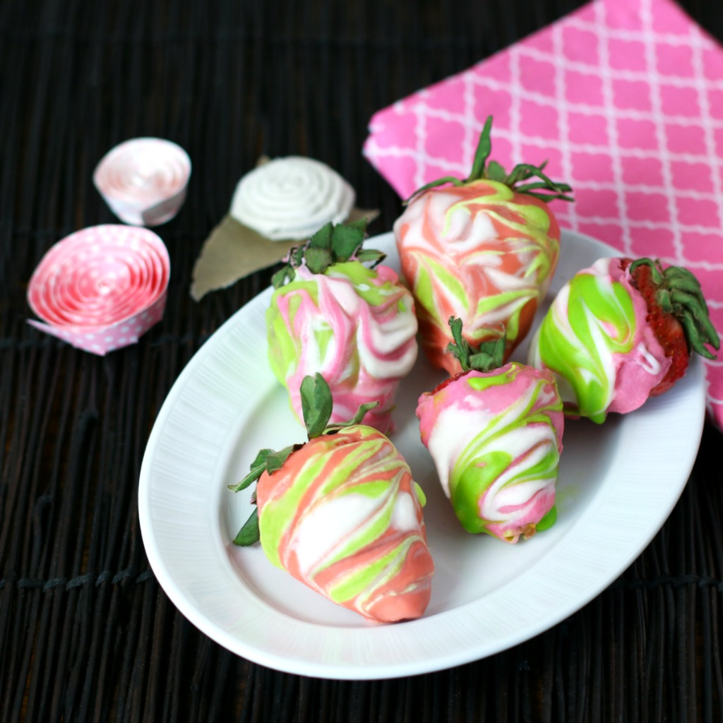 Marbled Chocolate-Covered Strawberries Culinary Envy