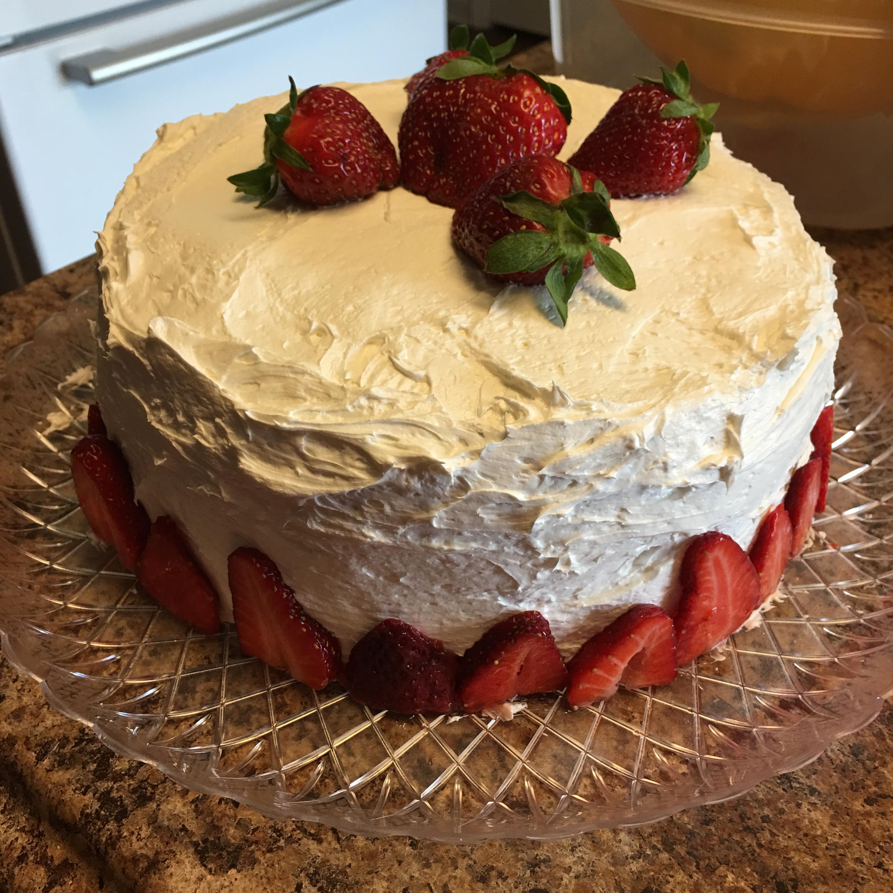 Vanilla Layer Cake with Strawberries MMSchrader