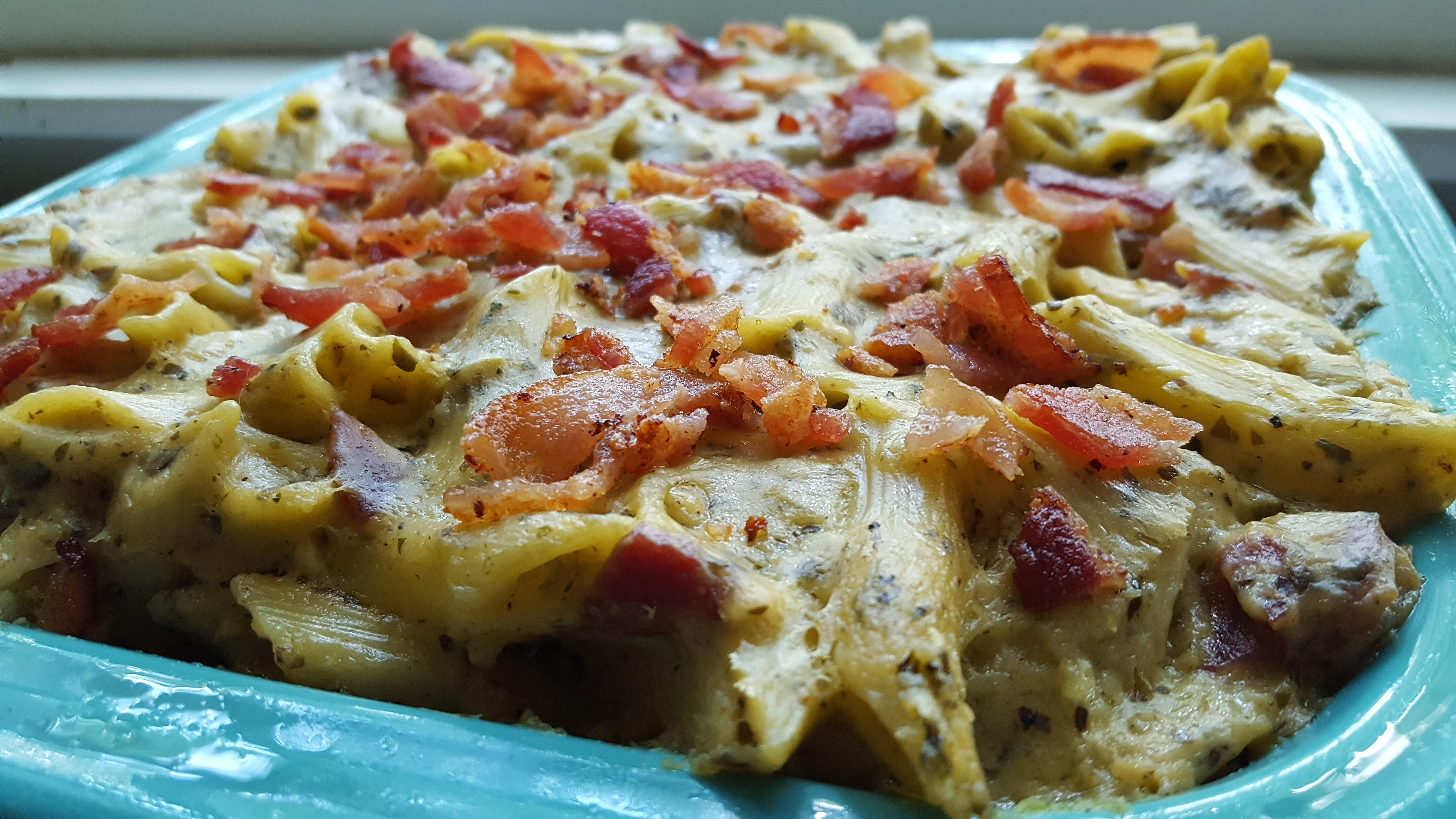 Bacon White Cheddar Pesto Mac and Cheese