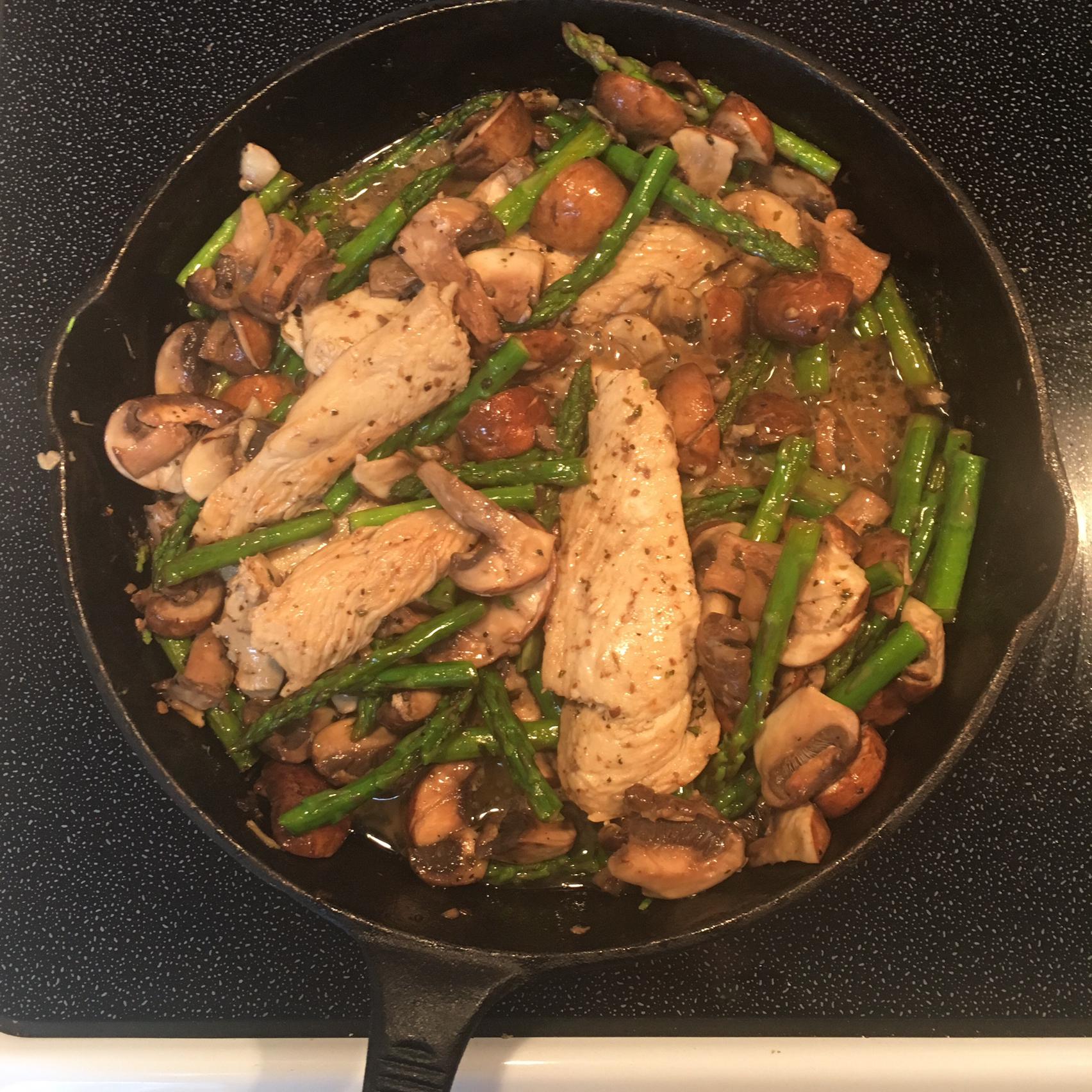 Chicken, Asparagus, and Mushroom Skillet Andie Sweets