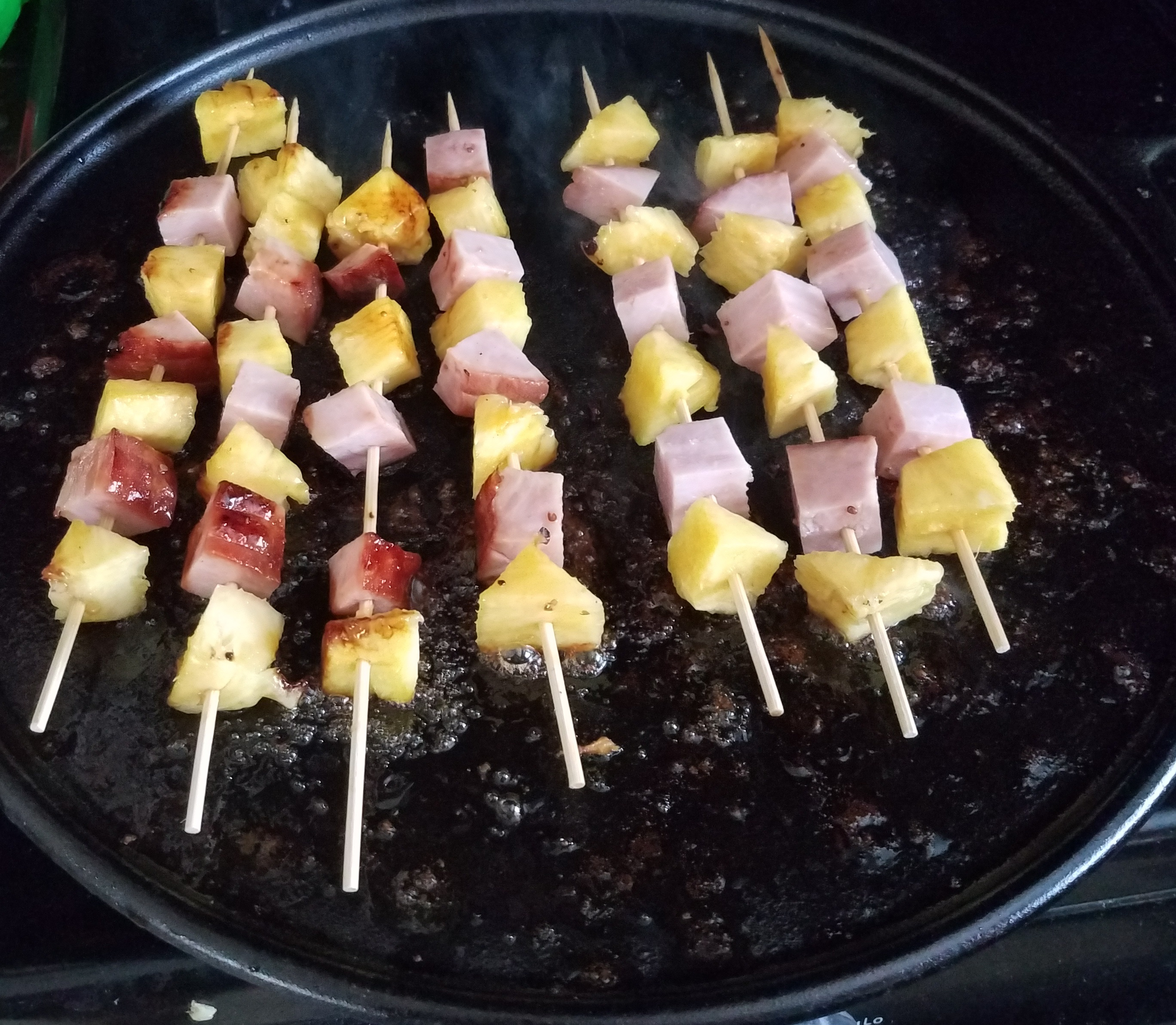 Ham and Pineapple Kabobs mjjluver