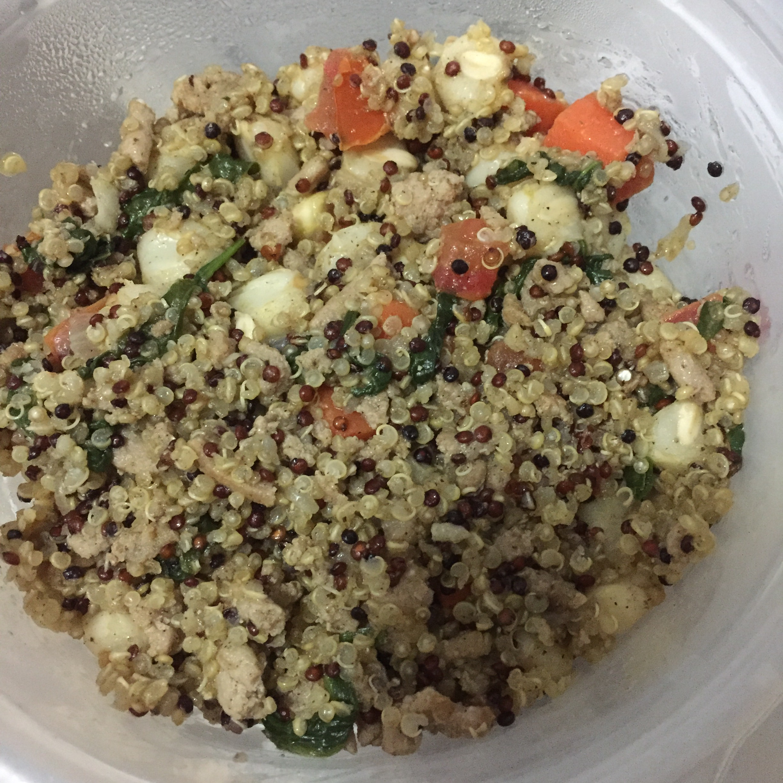 Carrot, Tomato, and Spinach Quinoa Pilaf with Ground Turkey Nancy Castillo