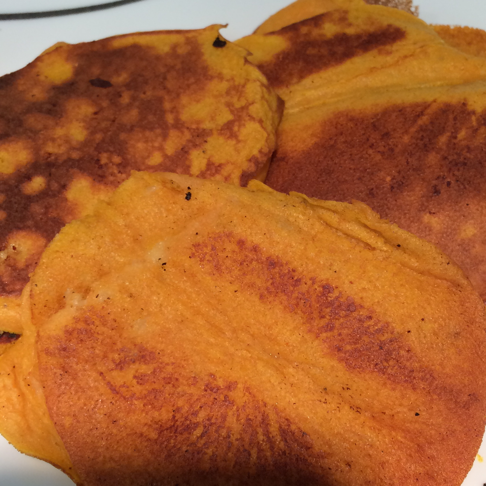 Healthy Pumpkin Banana Pancakes (Paleo Option) jessFu