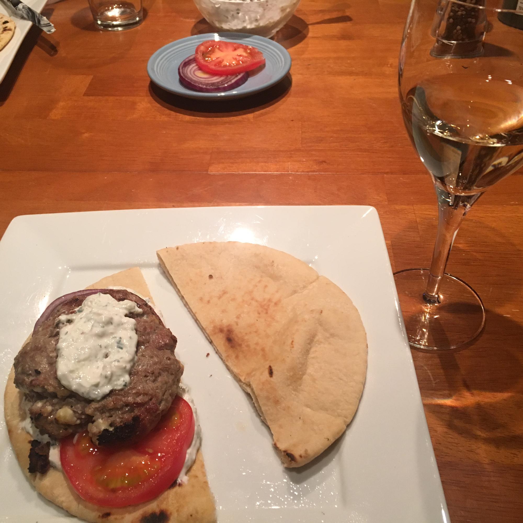Greek Lamb-Feta Burgers With Cucumber Sauce sjennyd