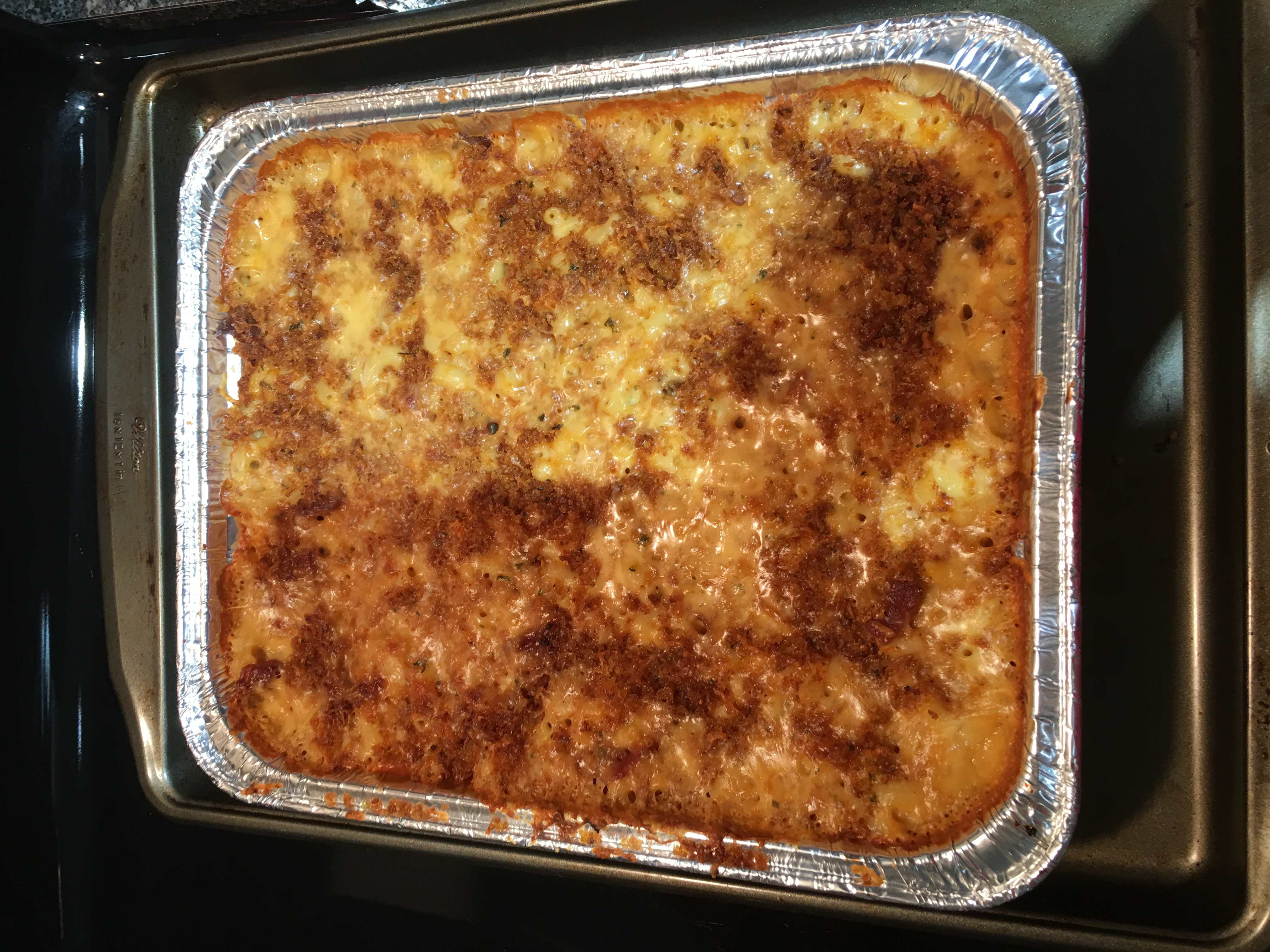 Mom's Favorite Baked Mac and Cheese