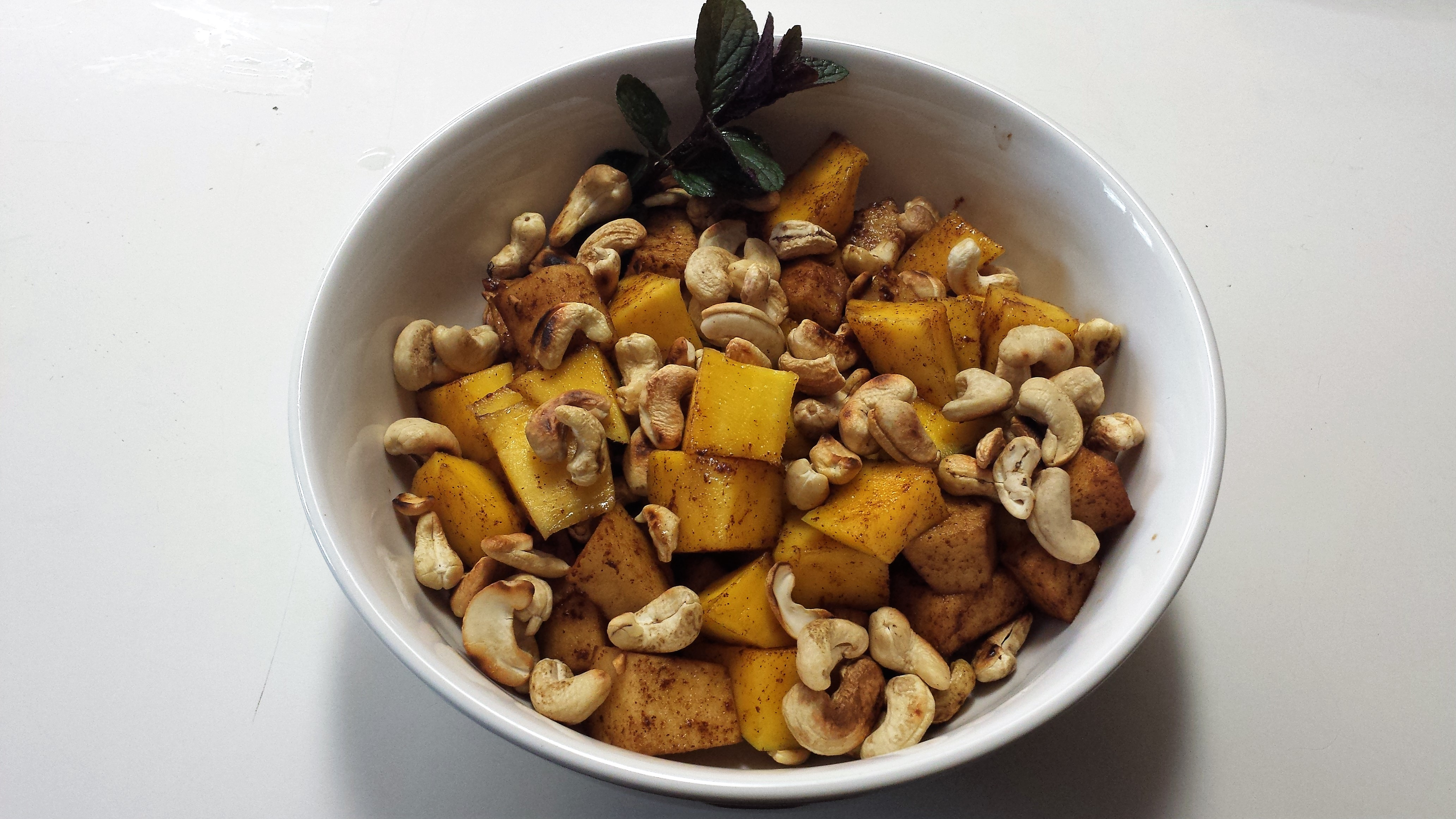 Mango Cashew Salad James