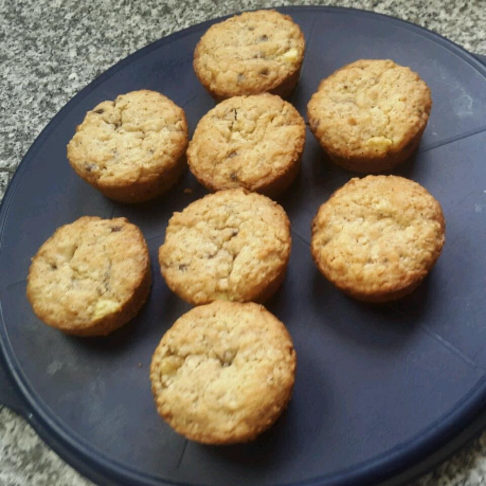 Healthy-ish Irish Oatmeal Cookies hoda gaber
