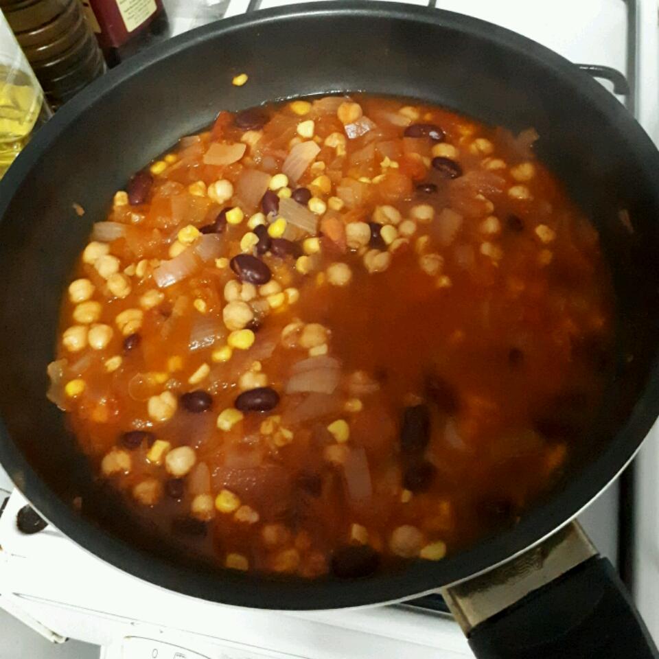 Quick Veggie Chili AKeenCook