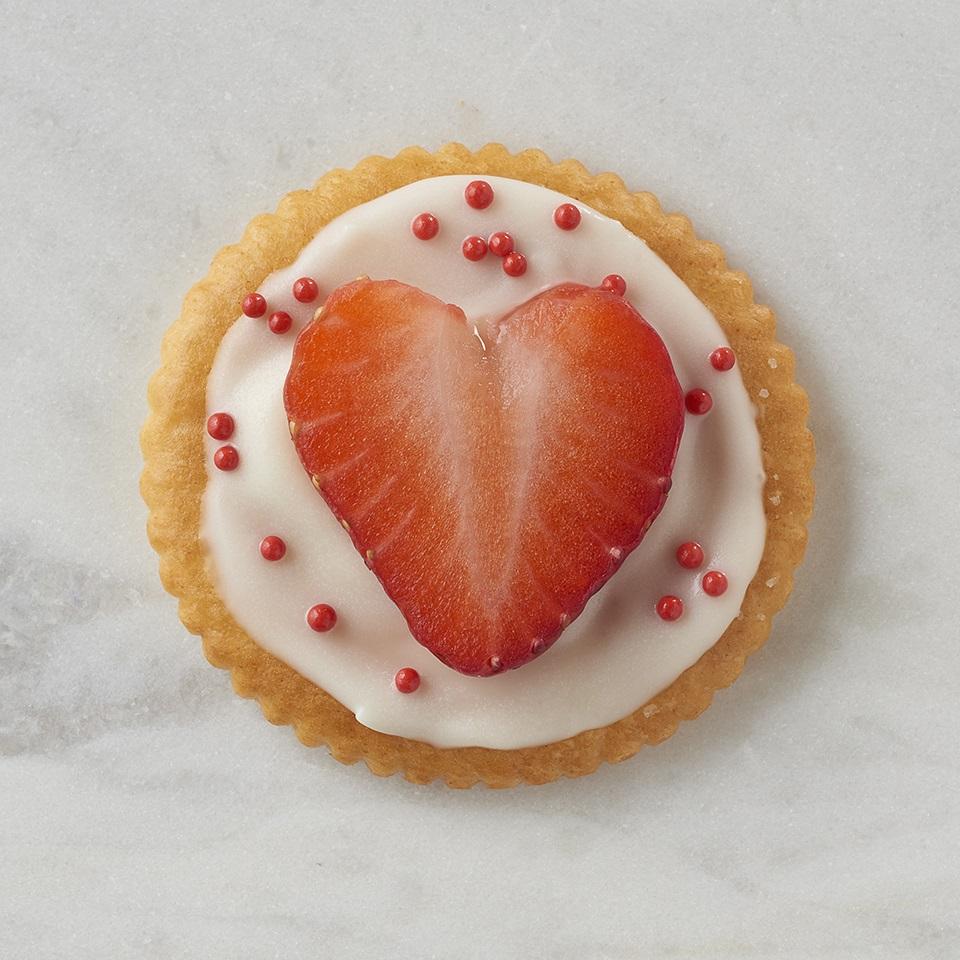 RITZ Strawberry Hearts
