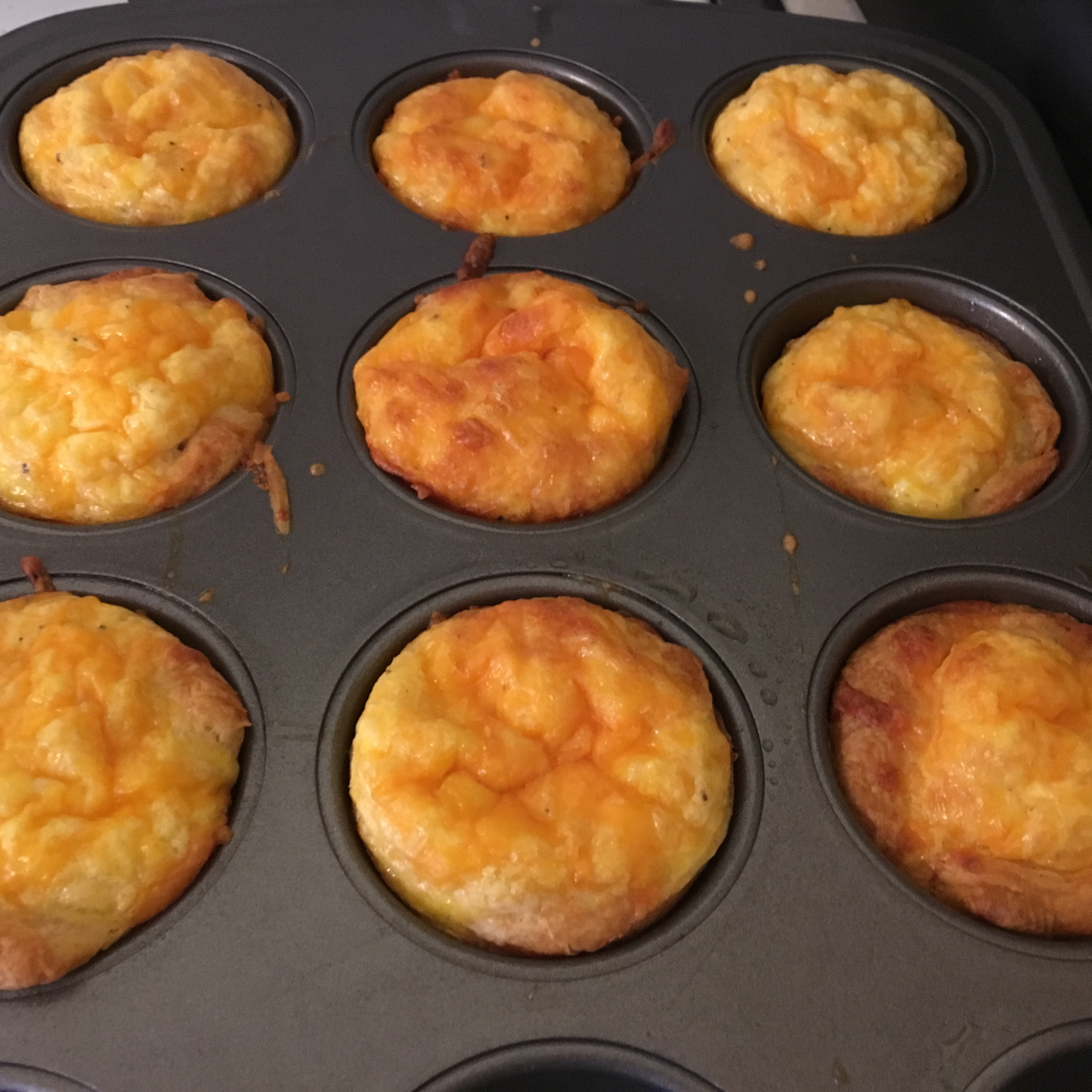 Bacon & Egg Biscuit Cups sunnyjayne