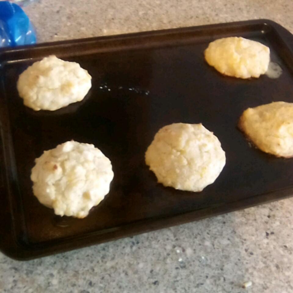 Garlic Cheese Biscuits Beka Miller
