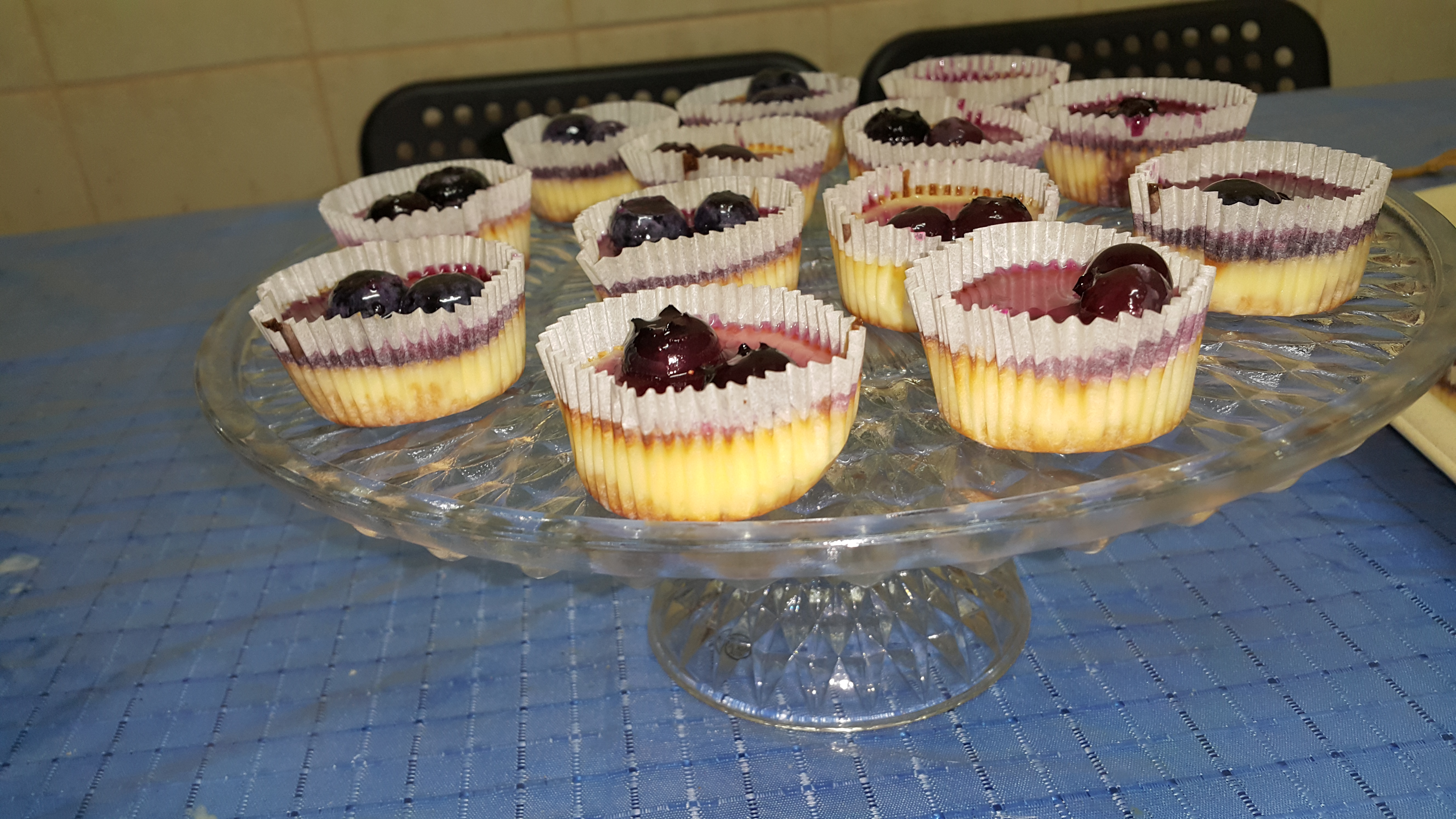Mini Cheesecakes with Vanilla Wafers