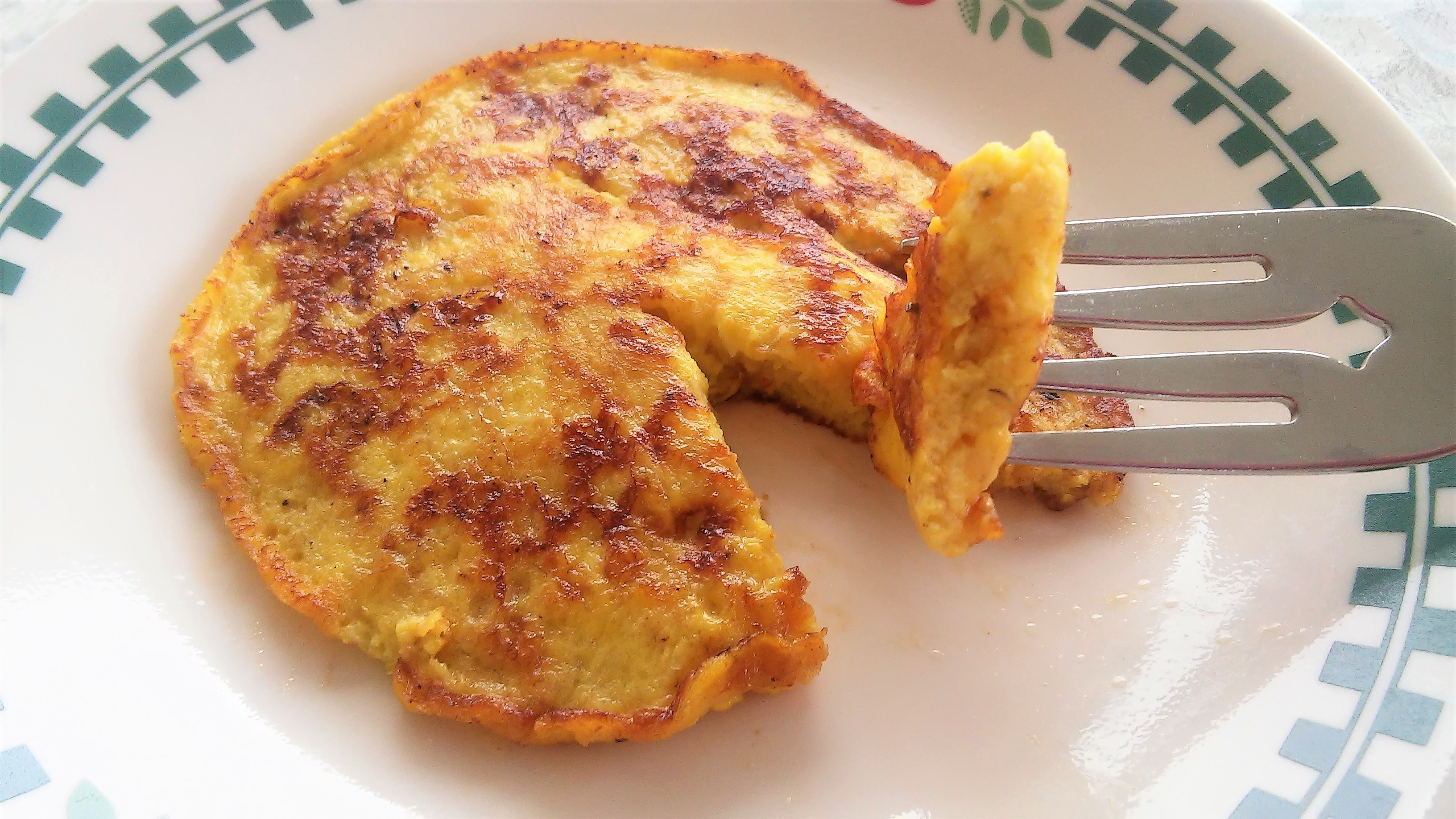 2-Ingredient Wheat-Free Banana Pancakes (Paleo) Tammy Lynn
