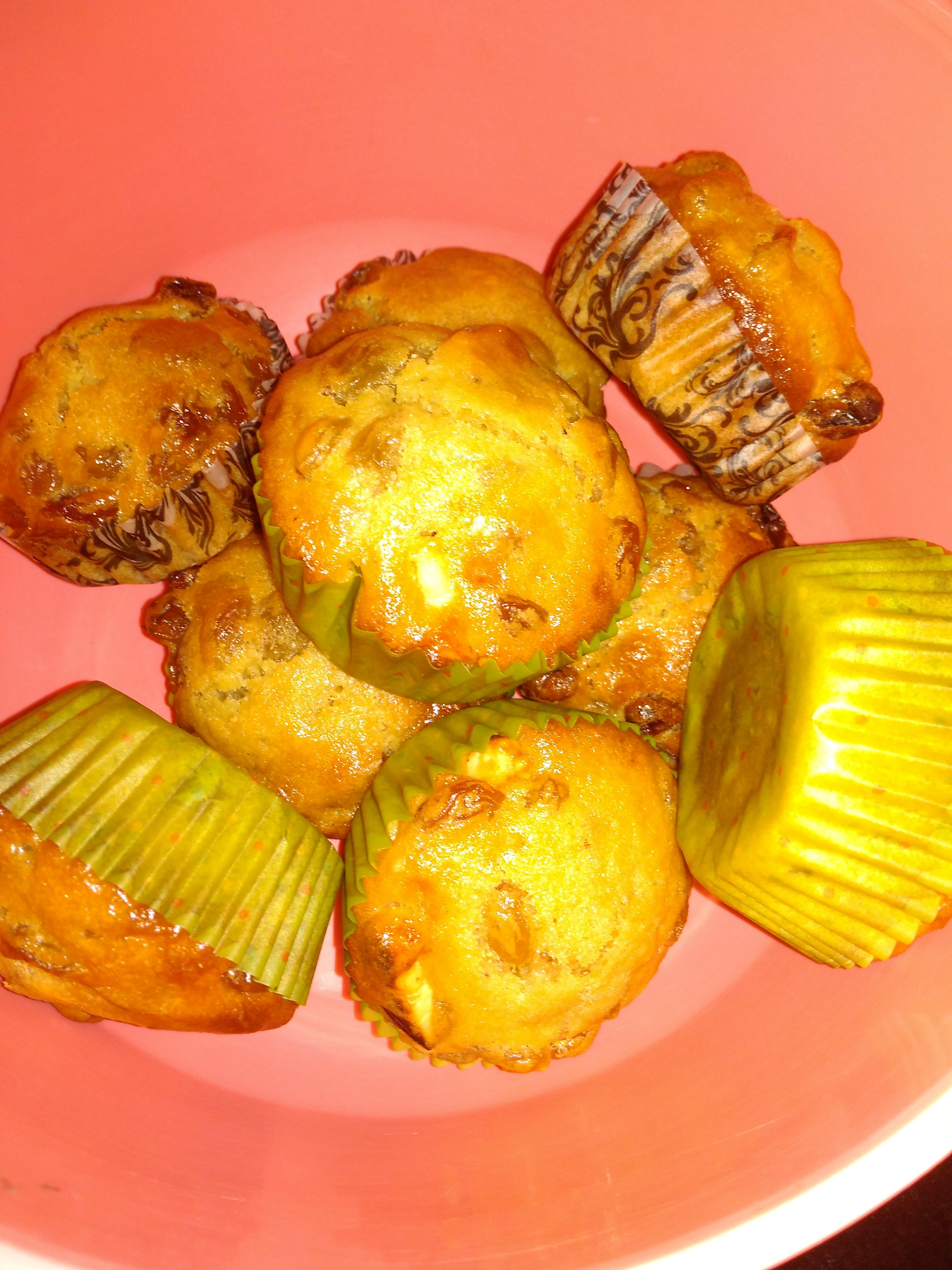 Butter Tart Muffins with Raisins Gayatri