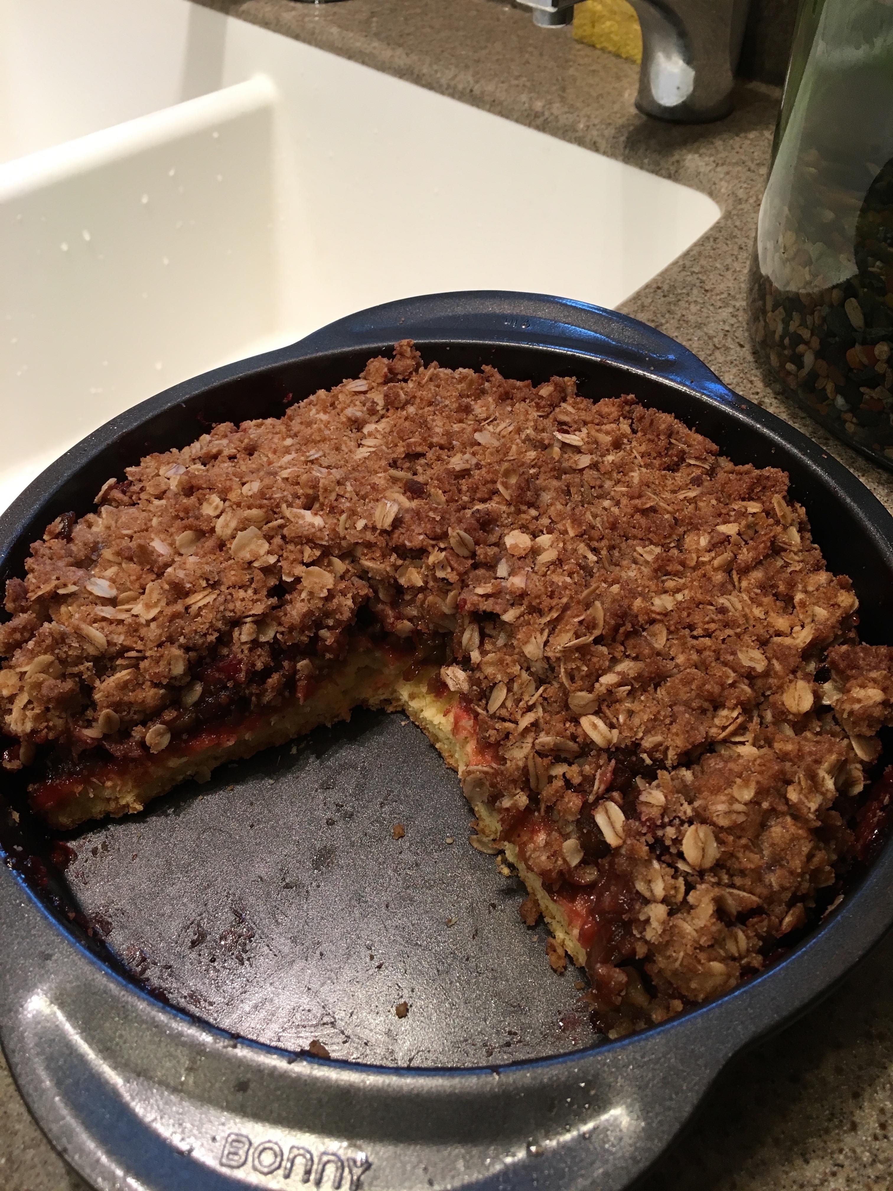 Rhubarb Surprise Pie dinkydarci