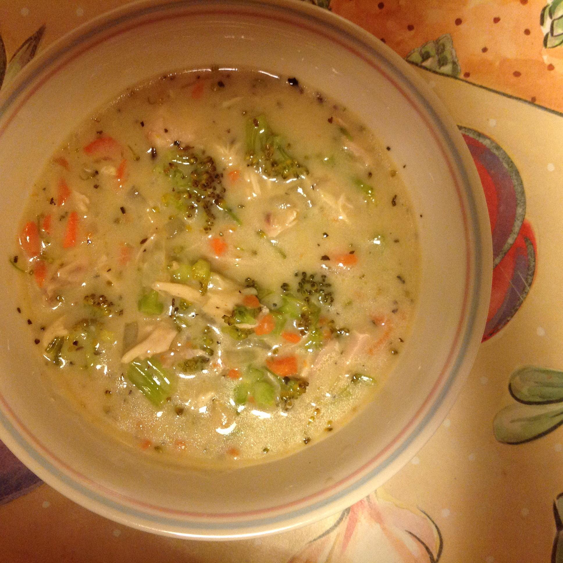 Creamy Broccoli-Chicken Soup Beverly