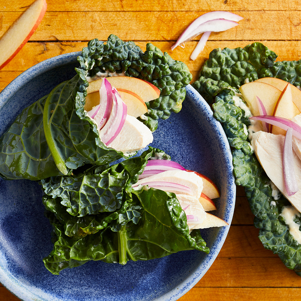 Using kale leaves instead of bread to wrap your filling makes this healthy chicken lunch recipe low-calorie (and lower in carbs!). If you can't find lacinato (aka Tuscan) kale, try cabbage for your wrap. Source: EatingWell.com, April 2017