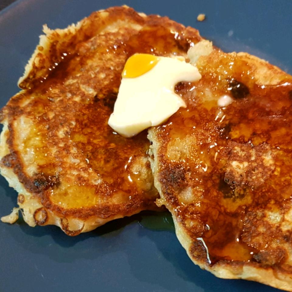 Overnight Raisin Oatmeal Pancakes