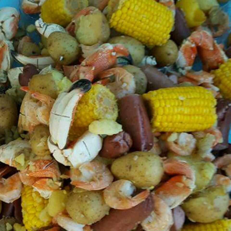Dave's Low Country Boil Eva
